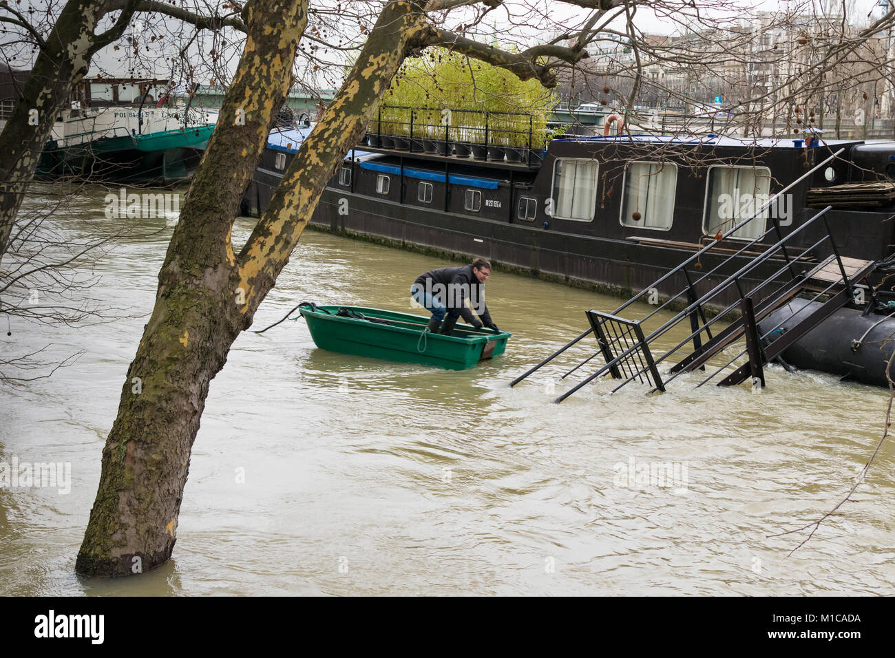 Paris, France. 28th Jan, 2018. Flood water making life difficult in Paris, River Seine in flood January 28 2018 - Stock Image