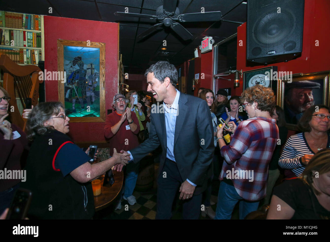 Houston, Texas, USA. 28th January, 2018. Beto O'Rourke, D-Texas arrives at a Bands for Beto event at the Mucky Duck Stock Photo