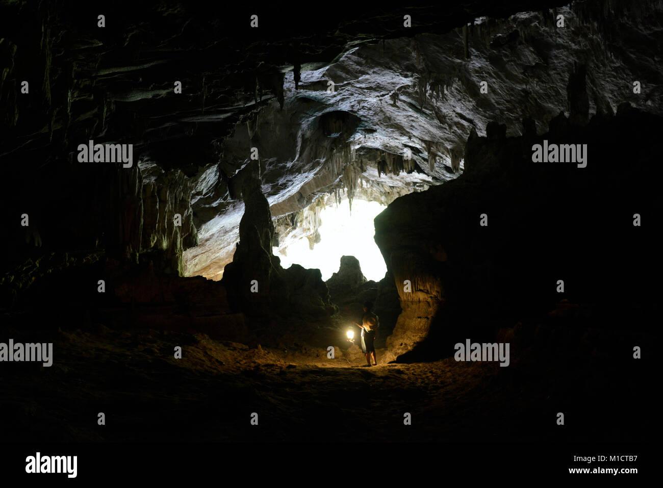 Die Hoehle Cave Pangmapha in der Bergregion von Soppong im norden von Thailand in Suedostasien. - Stock Image