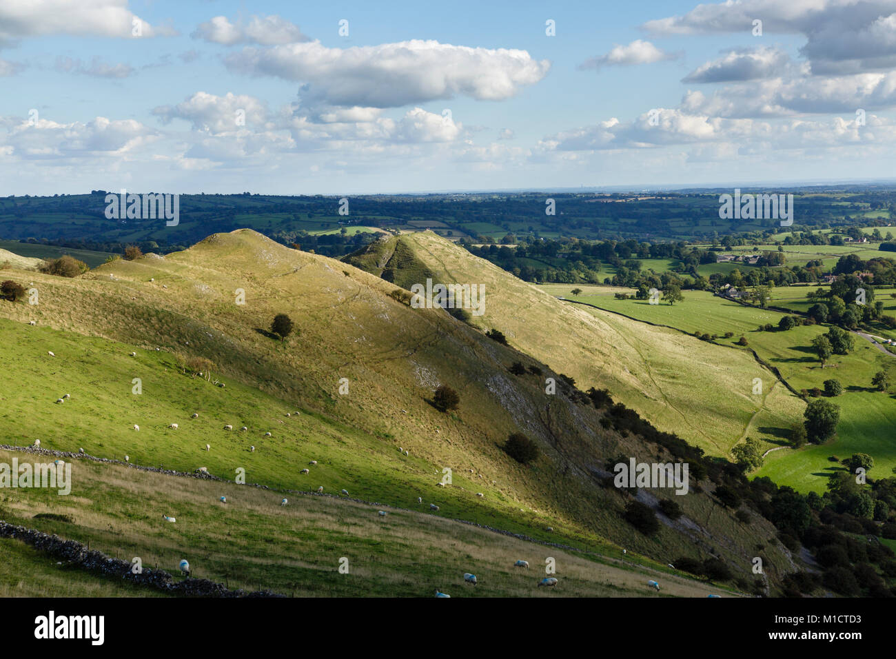 View looking from Bunster Hill towards Thorpe Cloud and Dovedale, Peak District National Park, Staffordshire - Stock Image