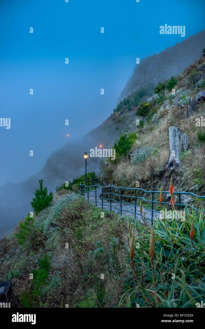 Way to the view point 'Eira Do Serrado', Central Mountains, Madeira, Portugal, Weg zum Aussichtspunkt ´Eira - Stock Image