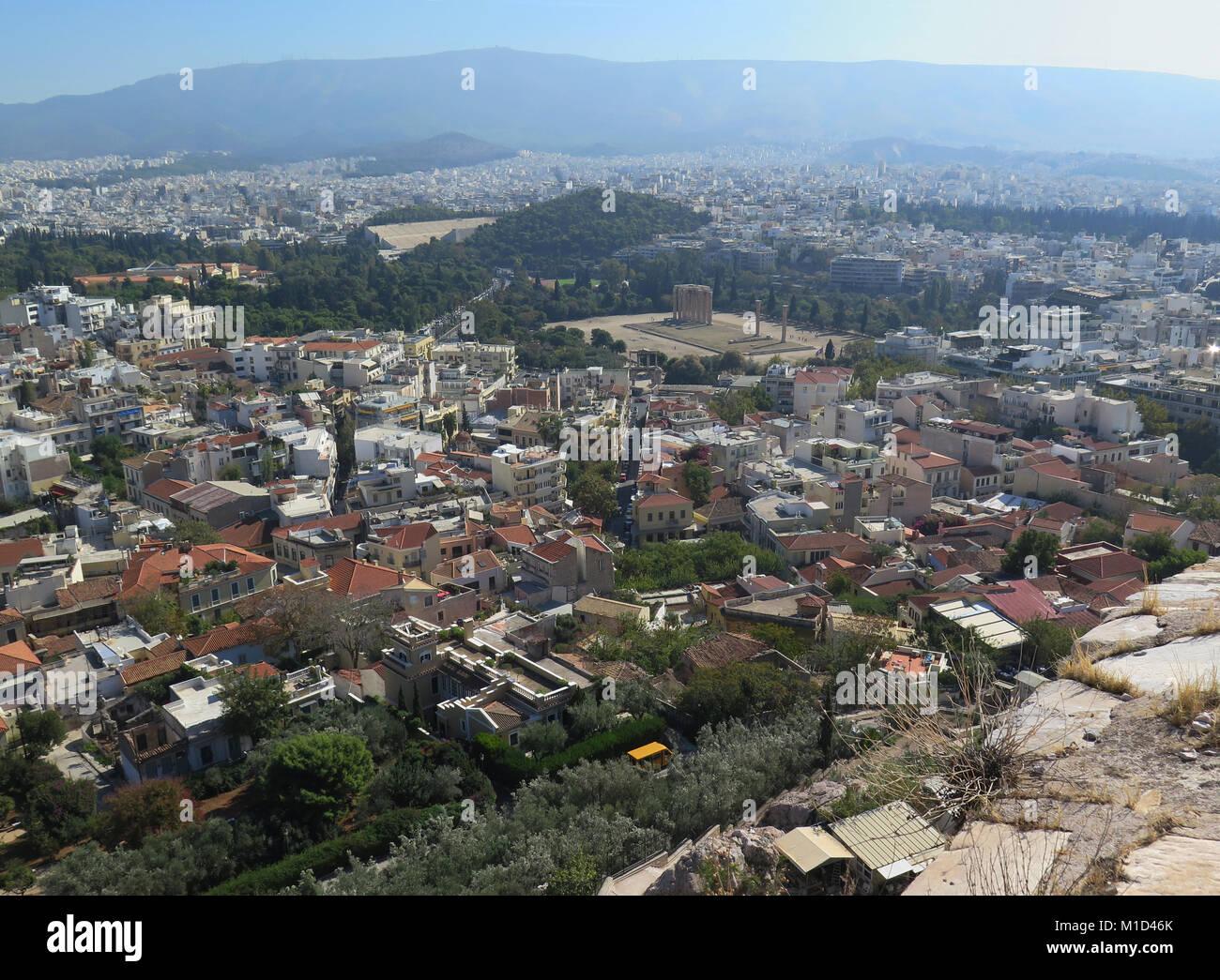 Blick von der Akropolis zum Bezirk Monastiraki, Agora, Athen, Griechenland - Stock Image
