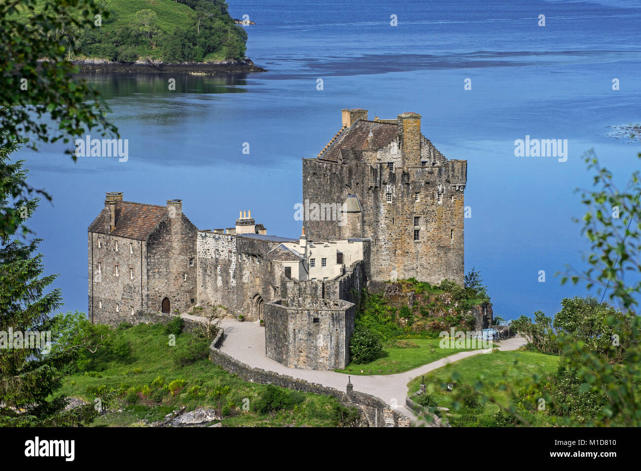 Eilean Donan Castle in Loch Duich, Ross and Cromarty, Scottish Highlands, Scotland, UK - Stock Image