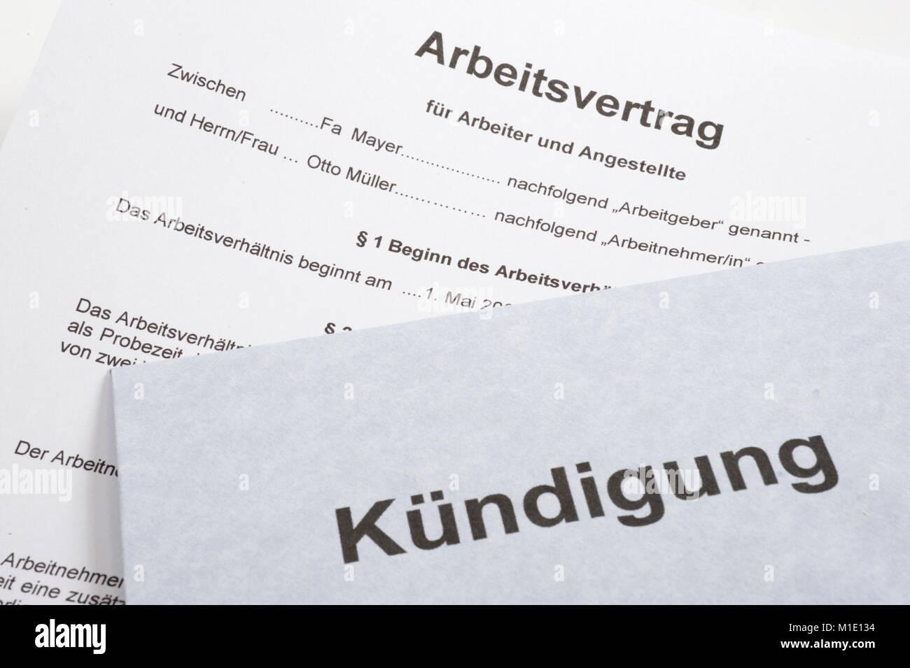 Arbeitsvertrag und Kündigung - Stock Image