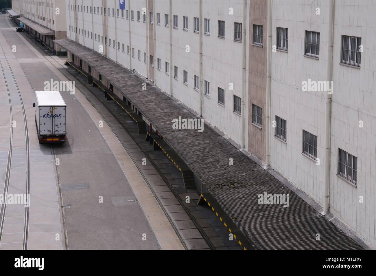 Lagerhäuser im Hafen Mannheim Stock Photo