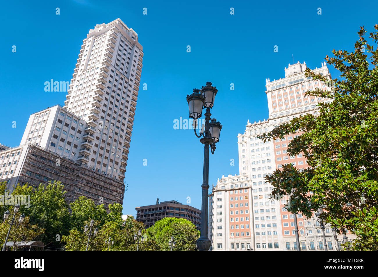 Spain, Madrid, the imposing architectures of Plaza De Espana - Stock Image