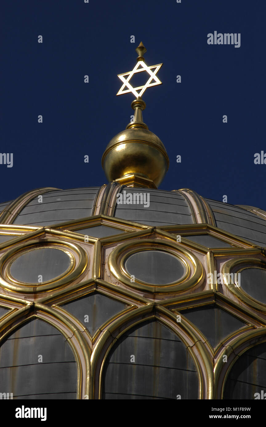 Germany. Berlin. New Synagogue (Neue Synagoge). Built in 1859-66 by German architects Eduard Knoblauch (1801-1865) - Stock Image
