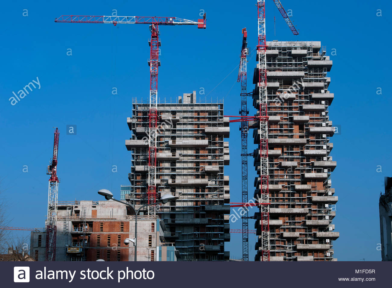 quartiere isola, bosco verticale, residential towers of 111 meters and 78 meters designed by boeri studio, porta Stock Photo