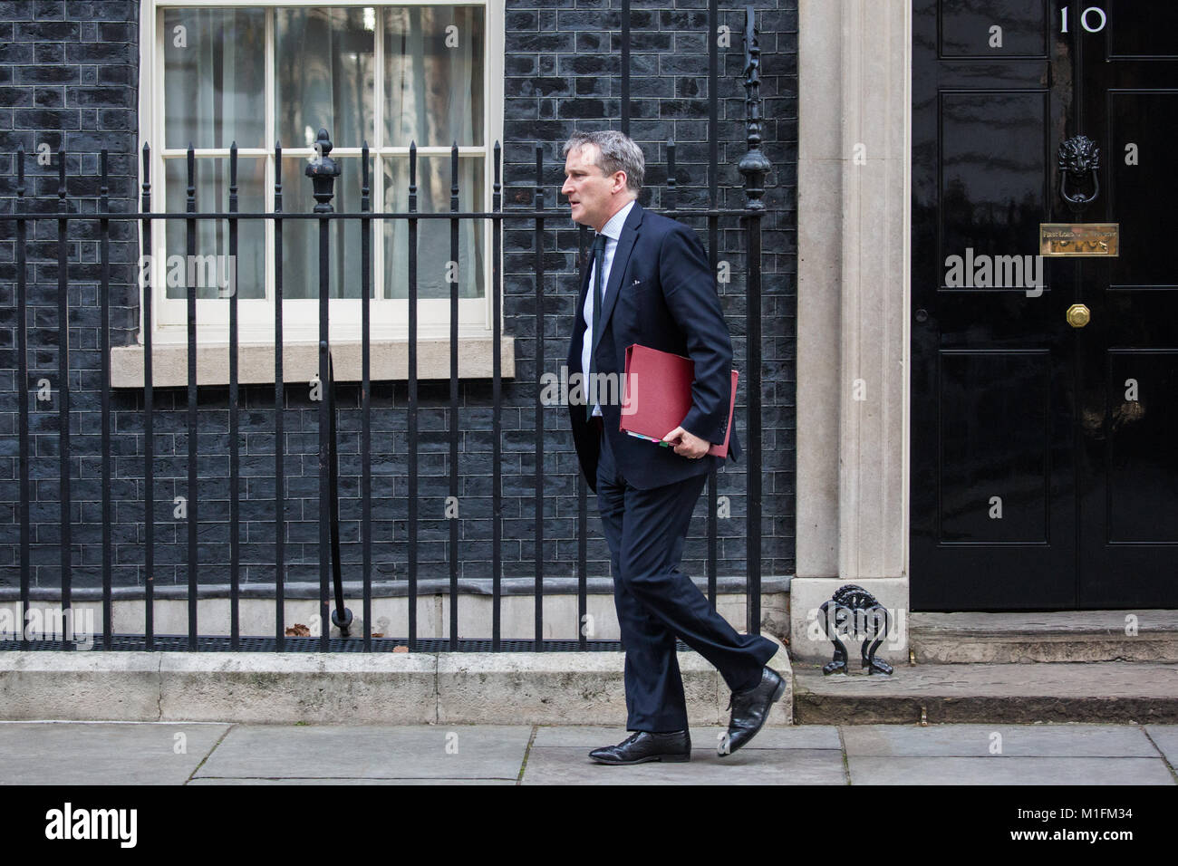 London, UK. 30th January, 2018. Damian Hinds MP, Secretary of State for Education, leaves 10 Downing Street following - Stock Image