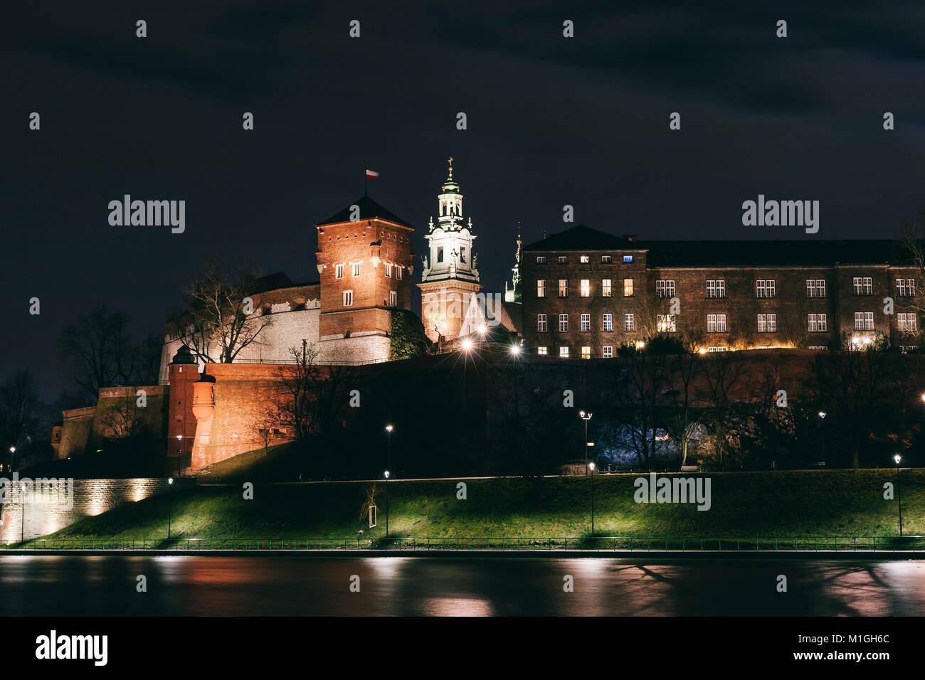 Wawel Castle in Krakow, Poland at night - Stock Image