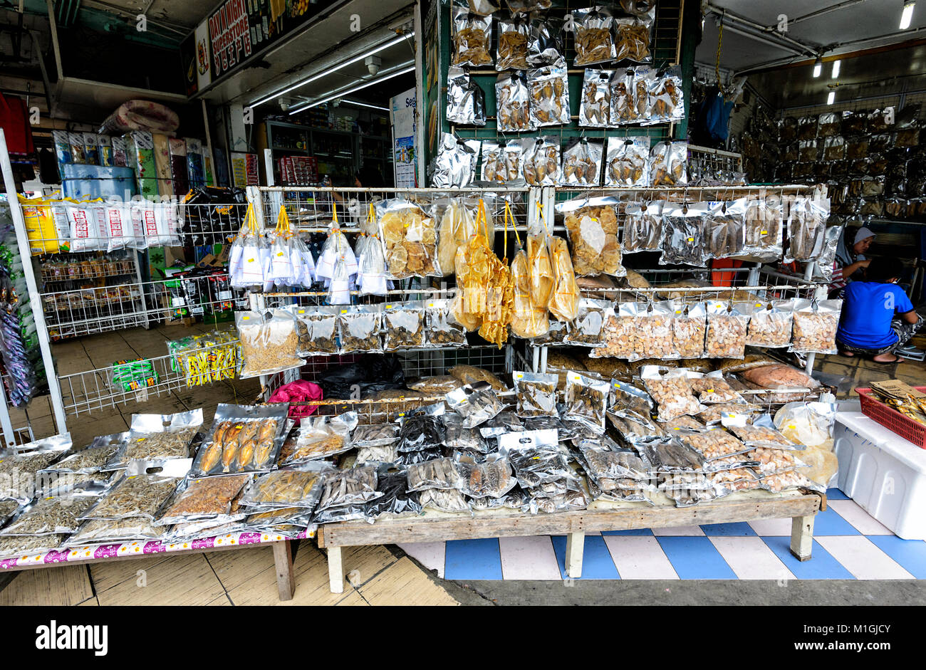 Stall selling dried fish at the market in town centre, Kota Kinabalu, Sabah, Borneo, Malaysia - Stock Image