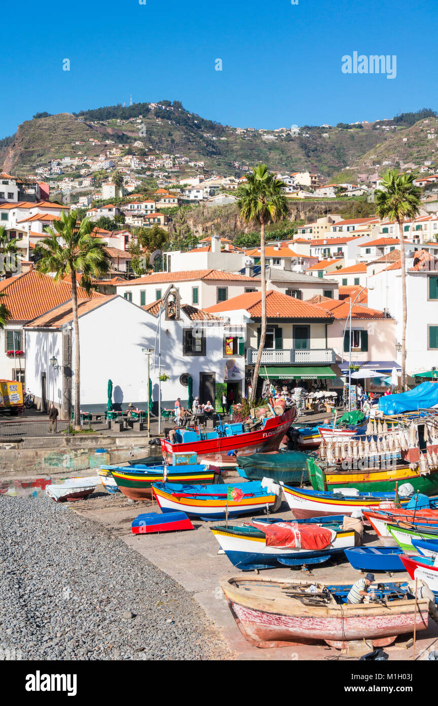 madeira camara de lobos madeira Traditional decorated fishing boats on the beach at  Camara de Lobos harbour Madeira - Stock Image