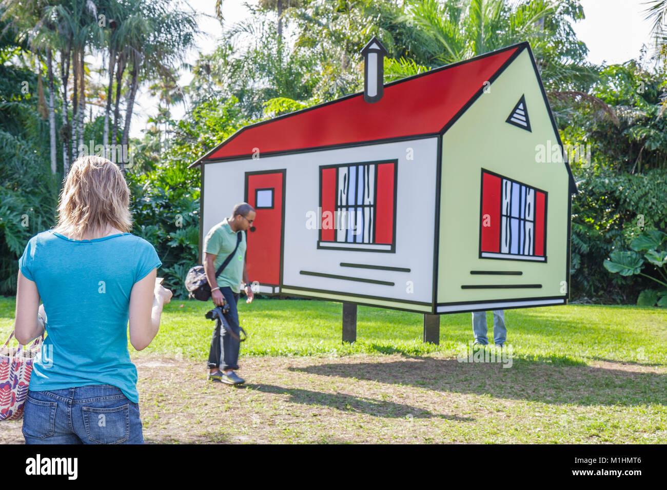 Roy Lichtenstein art House II painted fiberglass woman man Stock ...