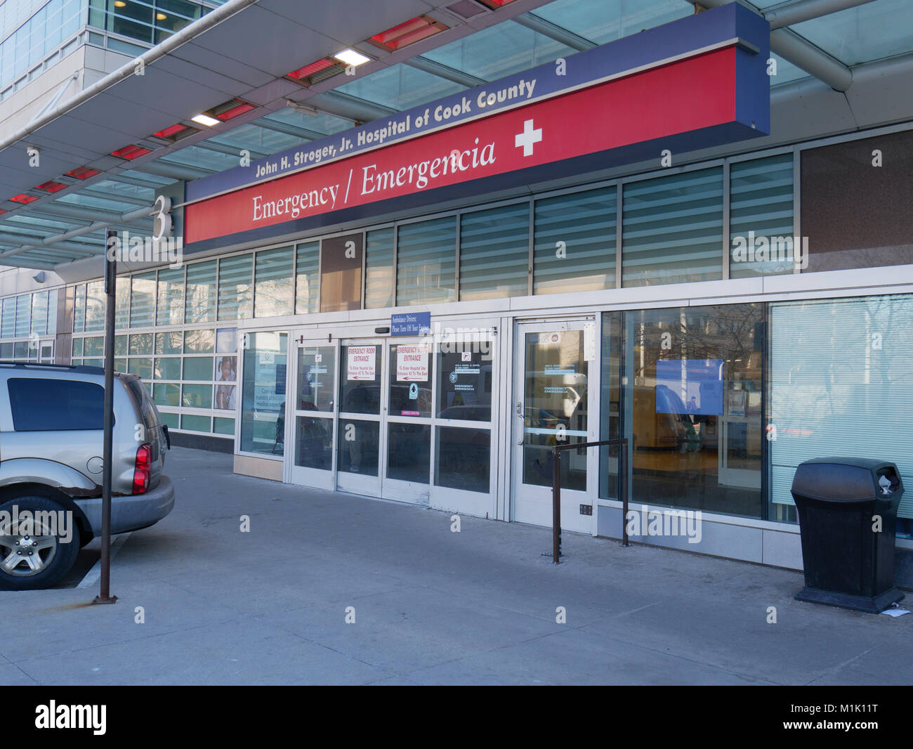 Emergency room entrance stock photos emergency room entrance stock john h stroger hospital emergency entrance chicago illinois stock image thecheapjerseys Gallery