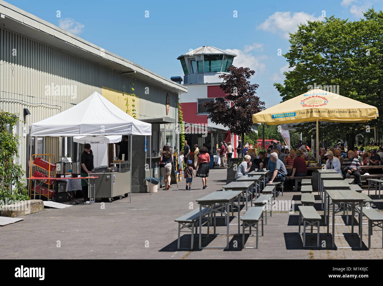 Natural and recreational grounds Old airfield in Frankfurt-Bonames - Stock Image