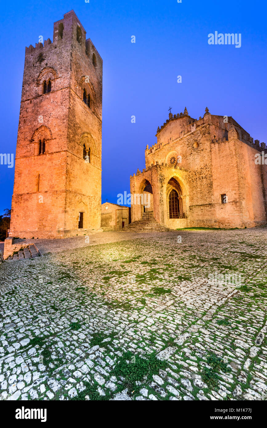 Erice, Sicily. Duomo dell'Assunta or Chiesa Madre main church of medieval Erix, Italy. - Stock Image