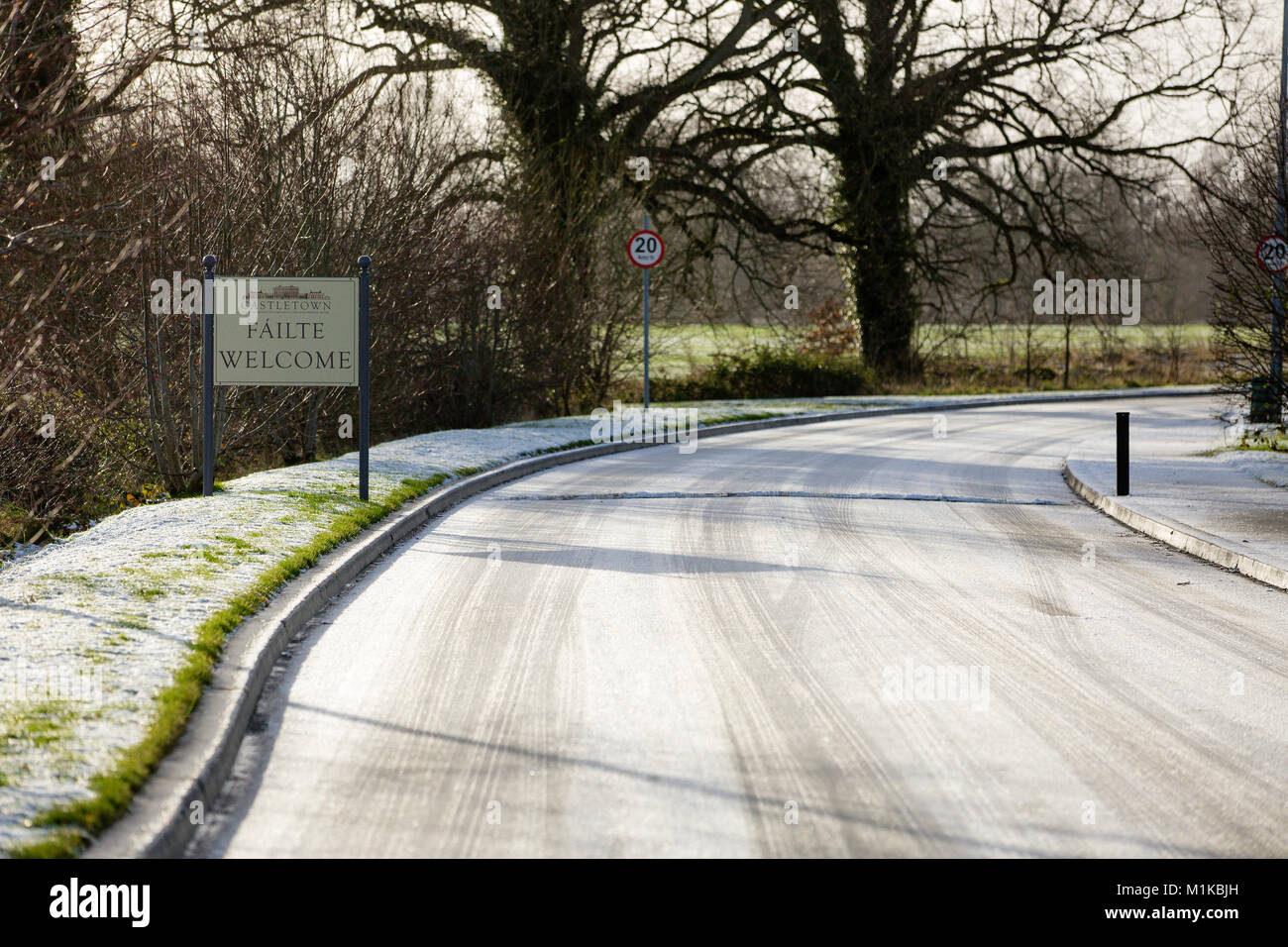 Irish Fáilte - Welcome sign at the entrance to Castletown House & Parklands on a cold January morning in - Stock Image