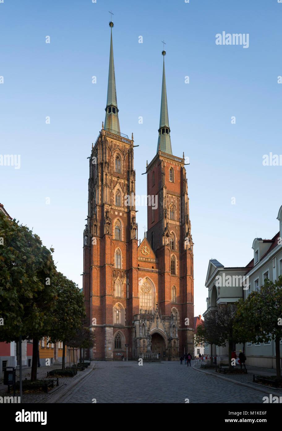 Wroclaw Breslau, Dom, Kathedrale St. Johannes der Täufer, Blick von Westen - Stock Image