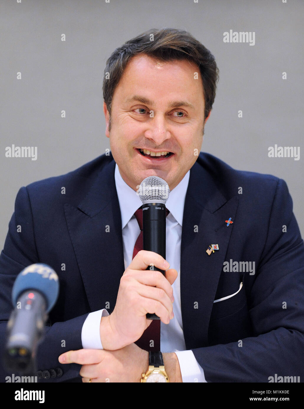 Cape Canaveral, USA. 30th Jan, 2018. Xavier Bettel, Prime Minister of Luxembourg, participates in a pre-launch press - Stock Image