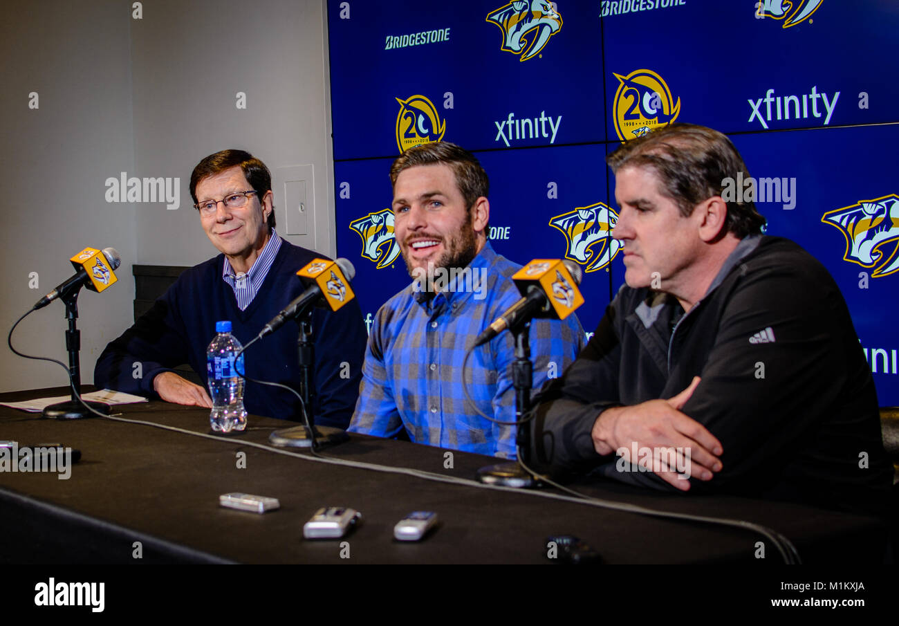 Nashville, Tennessee, USA. Mike Fisher (center), husband of singer Carrie Underwood and former captain of the Nashville - Stock Image