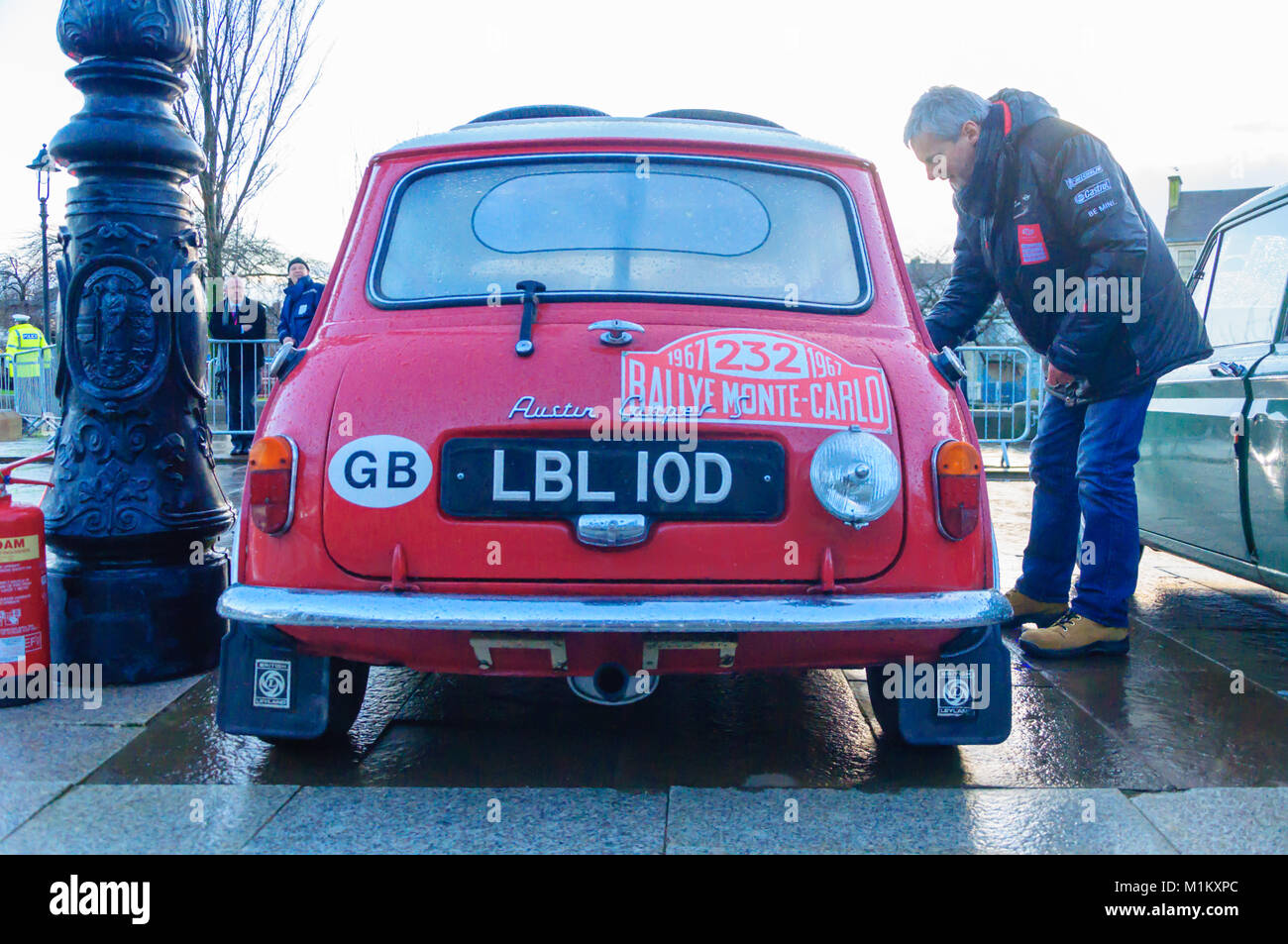 Paisley, Scotland, UK. 31st January 2018: A rear view of a red 1964 Austin Cooper S. The Monte Carlo Rally starts - Stock Image