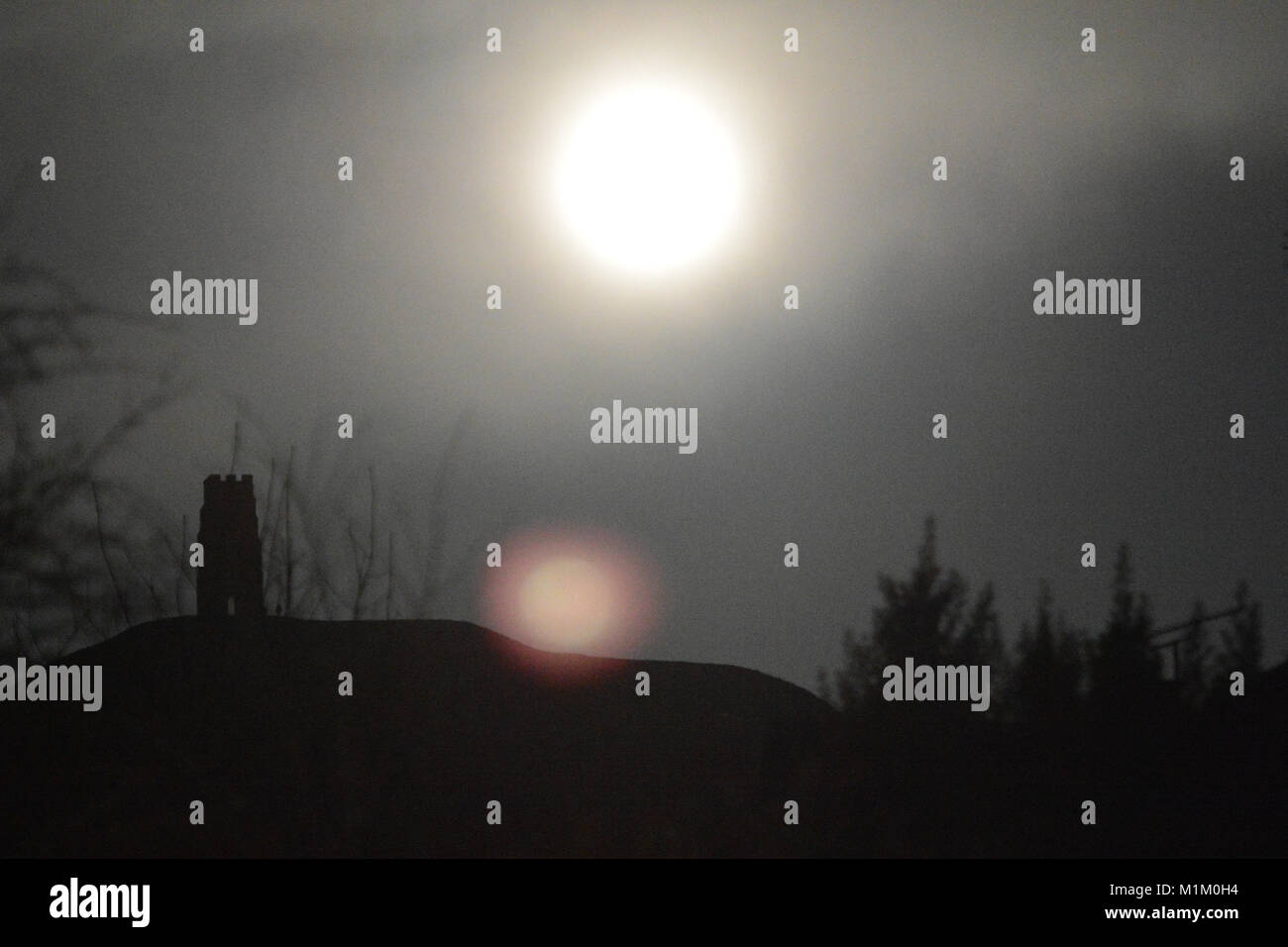 Glastonbury Tor, Somerset, UK. 31st January, 2018. Glastonbury Tor 2 Super Blue Blood Moon  seen.. images are as - Stock Image