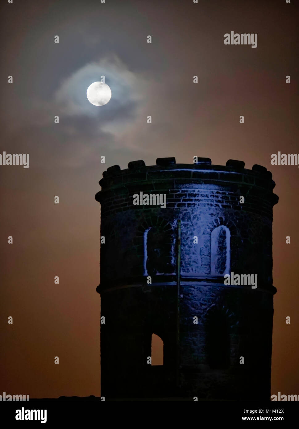 Buxton, UK. 31st Jan, 2018. UK Weather: super blue blood full moon Solomon's Temple Buxton Derbyshire, also - Stock Image