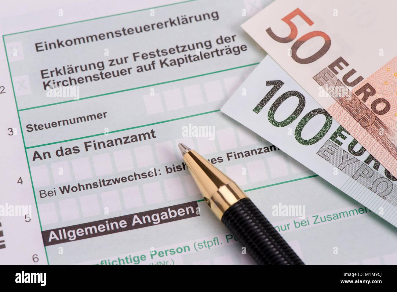 Einkommensteuererklärung für Finanzamt Stock Photo