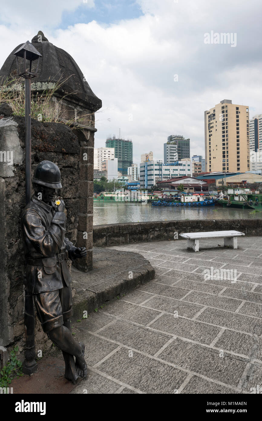 Bronze statue of a sentinal at Fort Santiago, Intramuros, Manila, the Philippines - Stock Image
