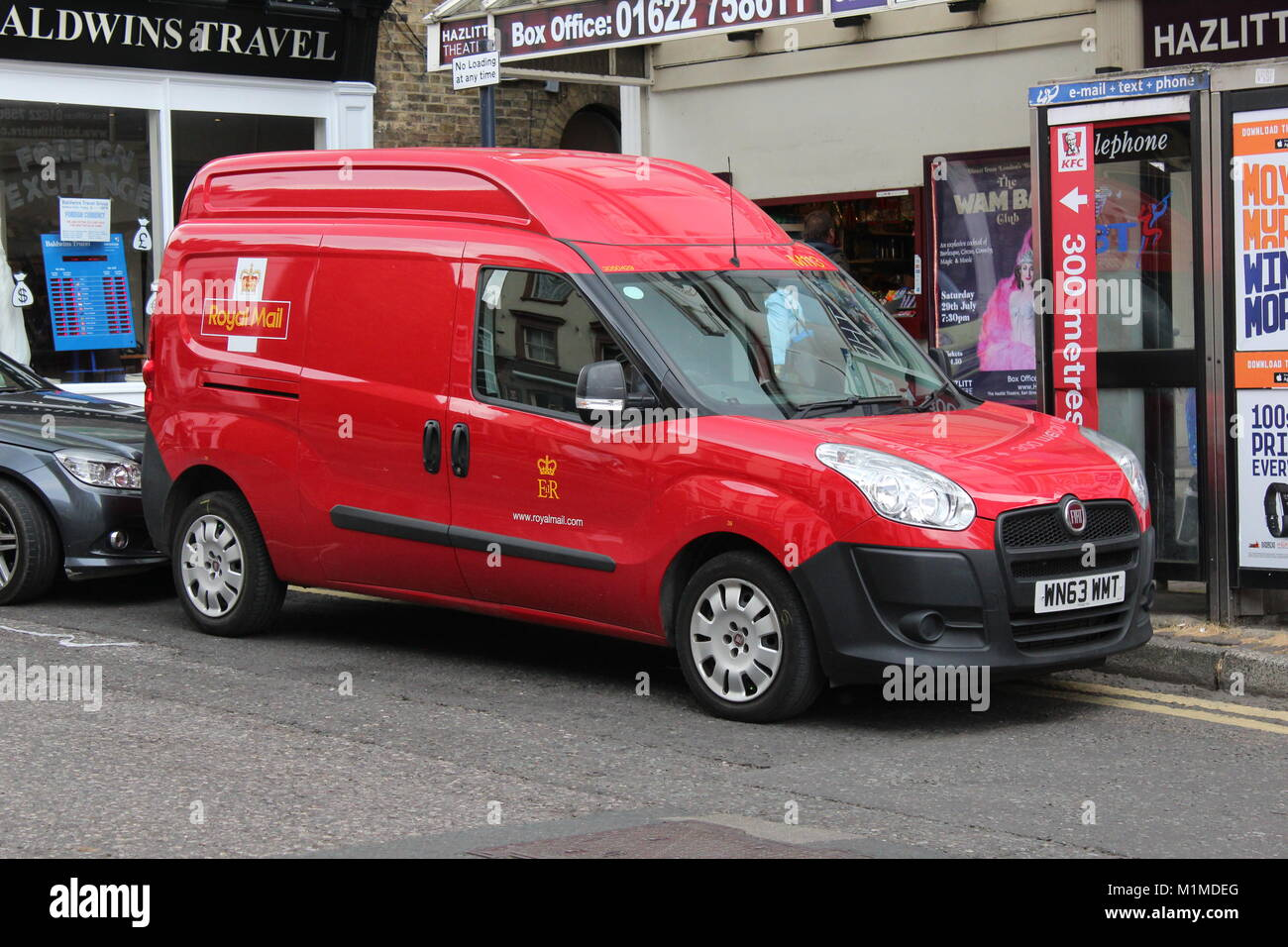A RED FIAT ROYAL MAIL DELIVERY VAN - Stock Image