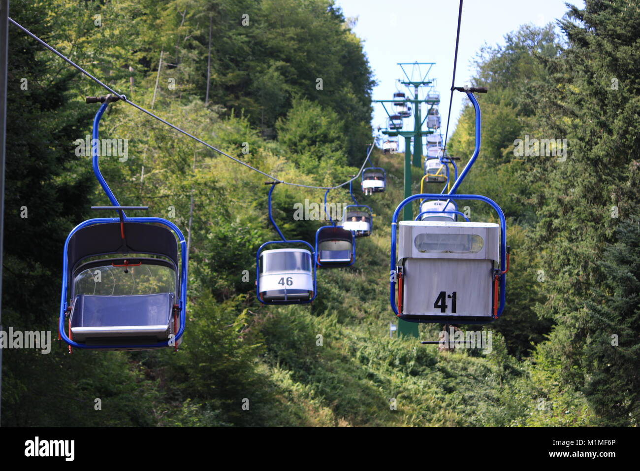 Chairlift Cable Seats Sky Stock Photos & Chairlift Cable Seats Sky ...