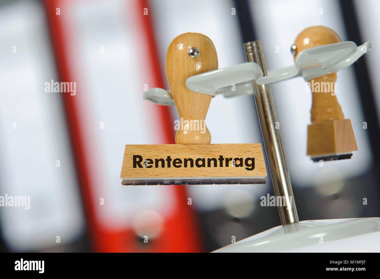 Stempel mit Aufdruck Rentenantrag - Stock Image