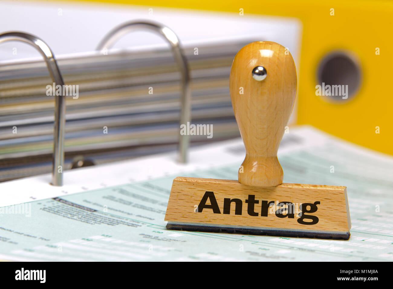 Antrag markiert auf Stempel über Formular Stock Photo