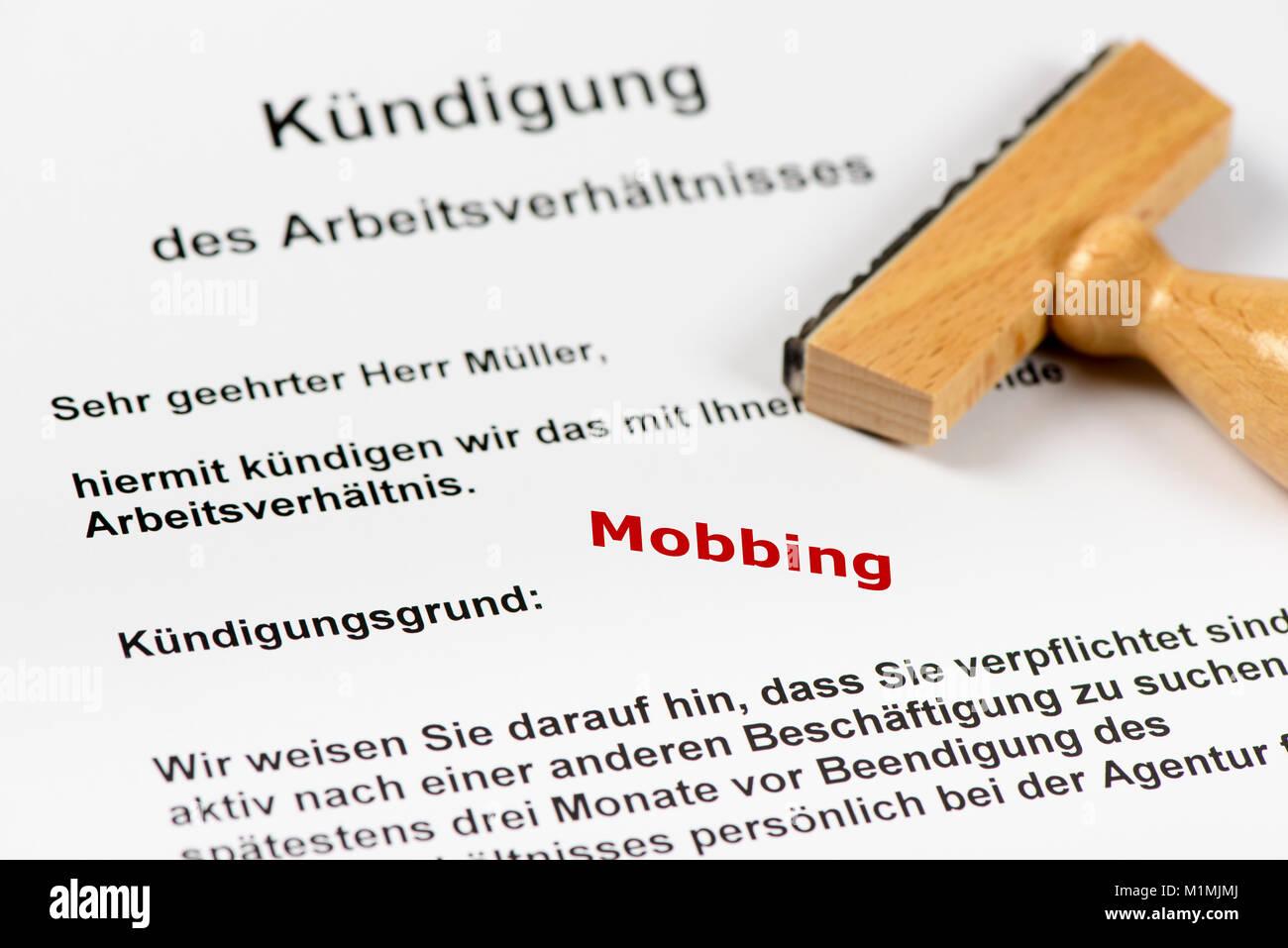 Kündigung Und Entlassung Wegen Mobbing Stock Photo