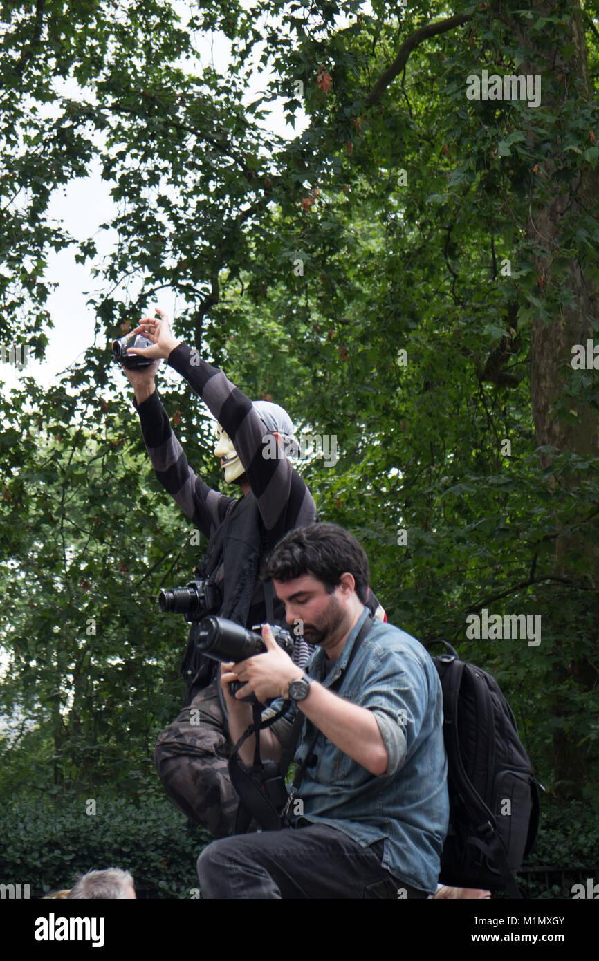 Free Gaza Demo - Paparazzi - Stock Image