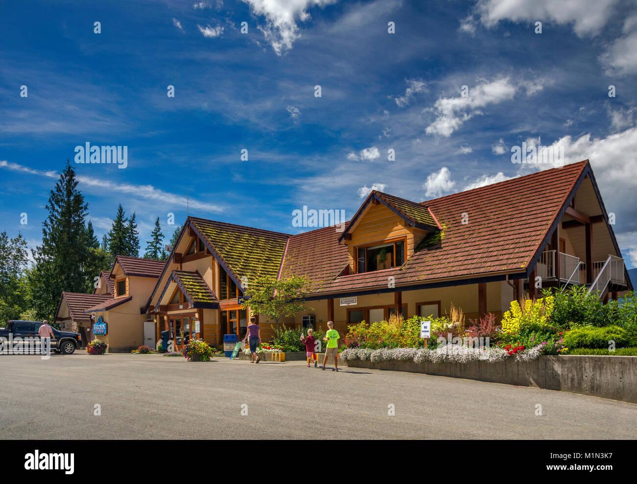 Halcyon Hot Springs, resort and spa over Upper Arrow Lake near Nakusp, West Kootenay Region, British Columbia, Canada Stock Photo