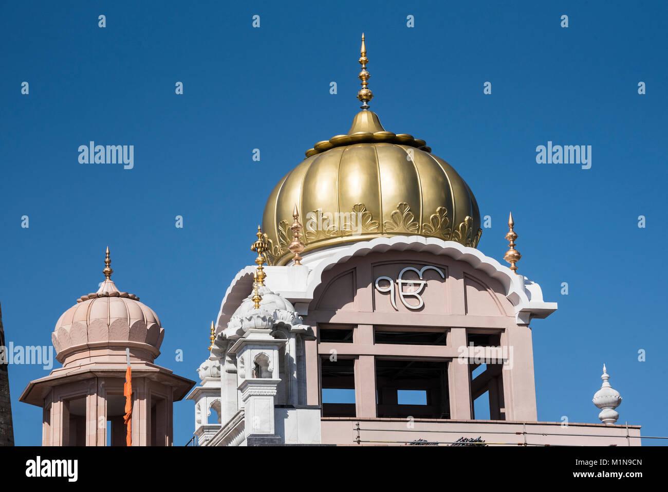 Skyline of the Gurdwara Singh Sabha Glasgow. - Stock Image
