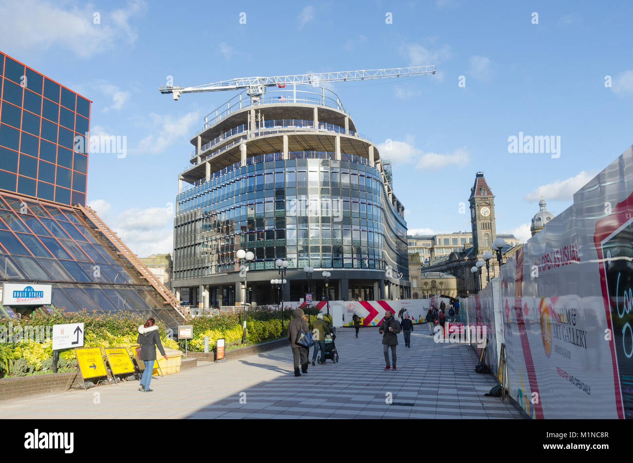 Construction of One Chamberlain Square,Birmingham which will house PWC has stopped following the liquidation of - Stock Image