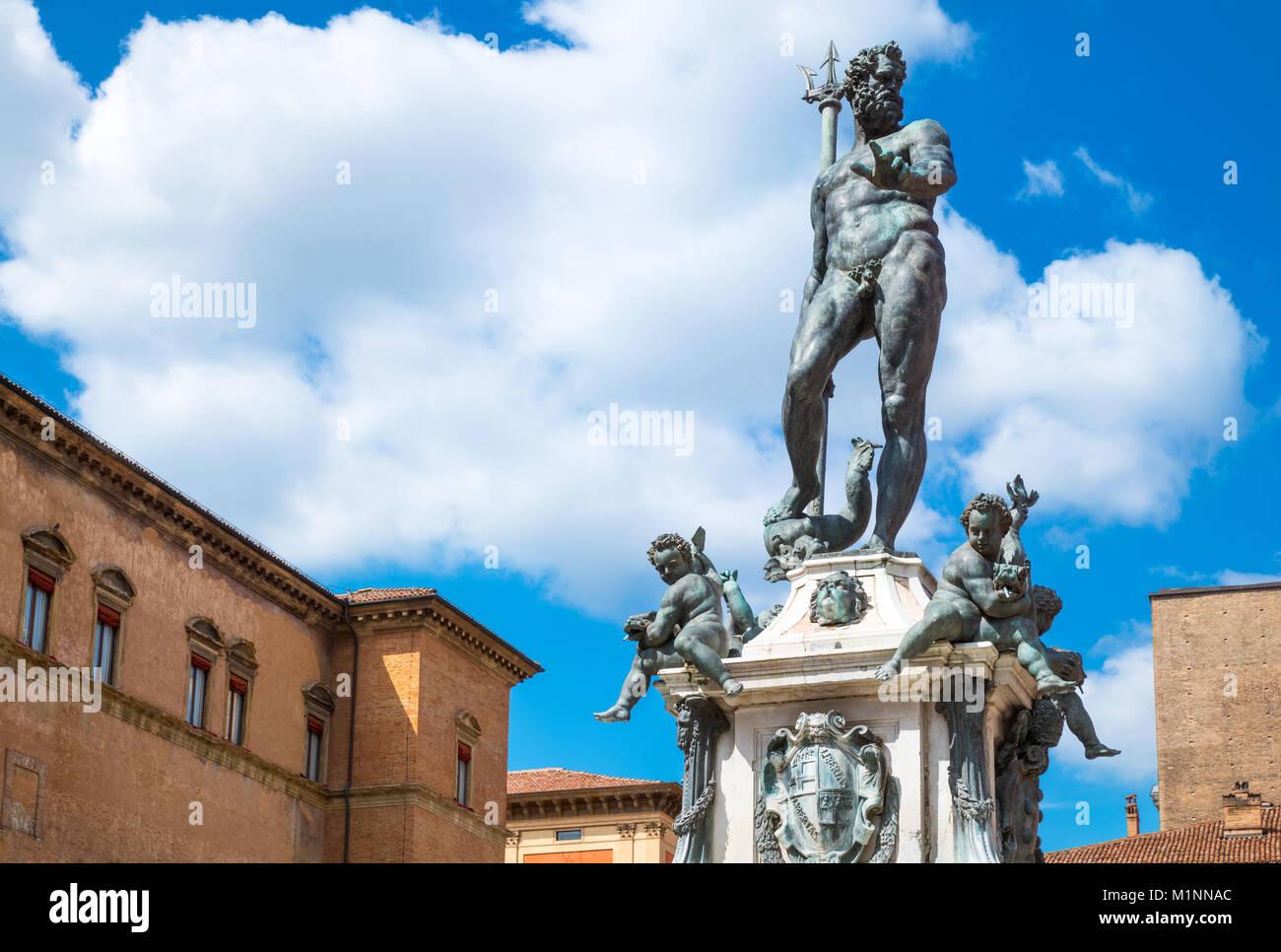 Italy, Bologna, Del Nettuno square, frontal view of the Neptune statue - Stock Image