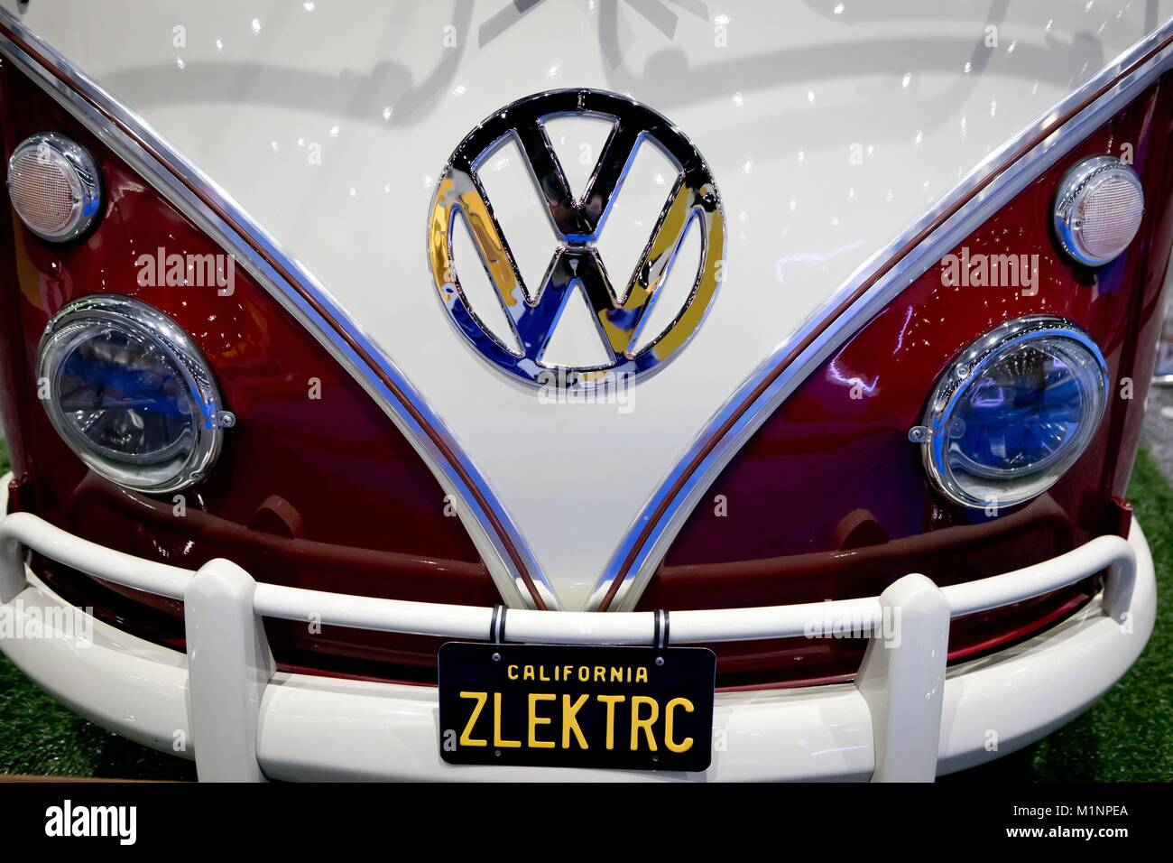 Electric-Powered vintage Volkswagen Bus, transformed by Zelectric ...