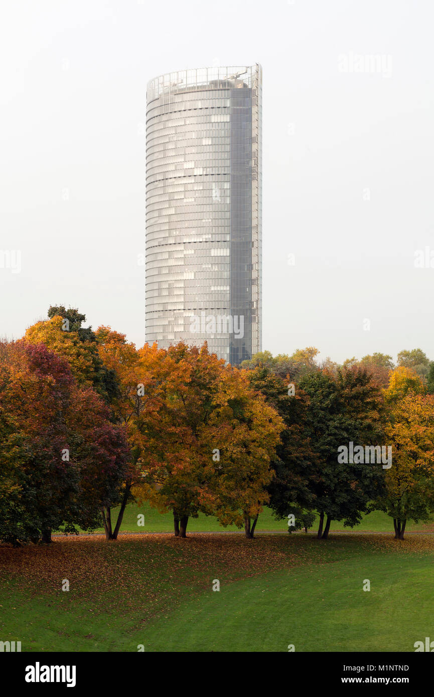 Bonn, Regierungsviertel (Bundesviertel, Parlamentsviertel), Rheinauenpark, Posttower, 2000-2002 von Murphy/Jahn - Stock Image