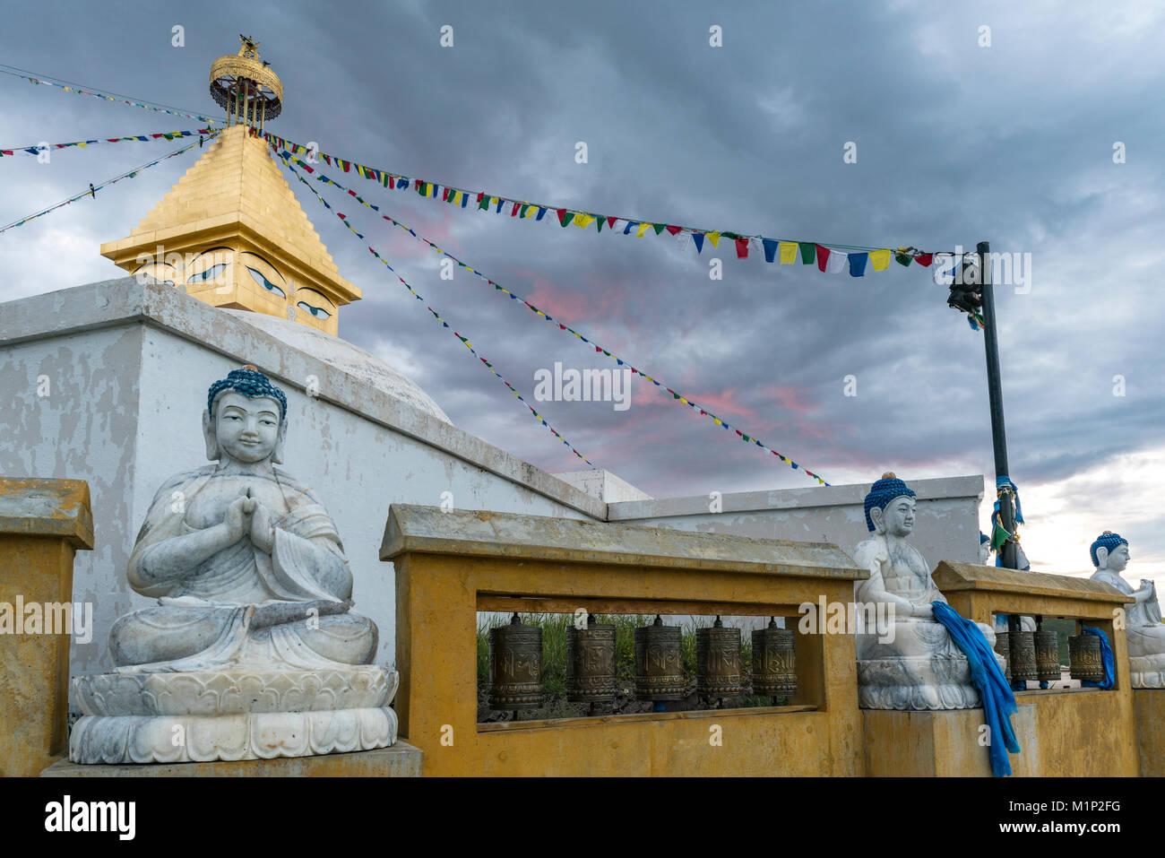 Buddhist statues at Amarbayasgalant Monastery at sunset, Mount Buren-Khaan, Baruunburen district, Selenge province, Stock Photo