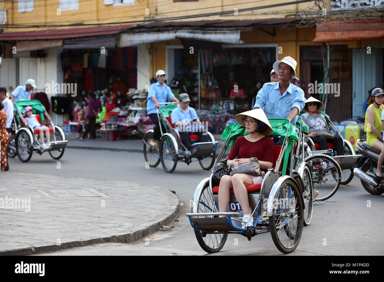 Transportation by cyclo, Vietnamese pedicab, Hoi An, Vietnam, Indochina, Southeast Asia, Asia - Stock Image