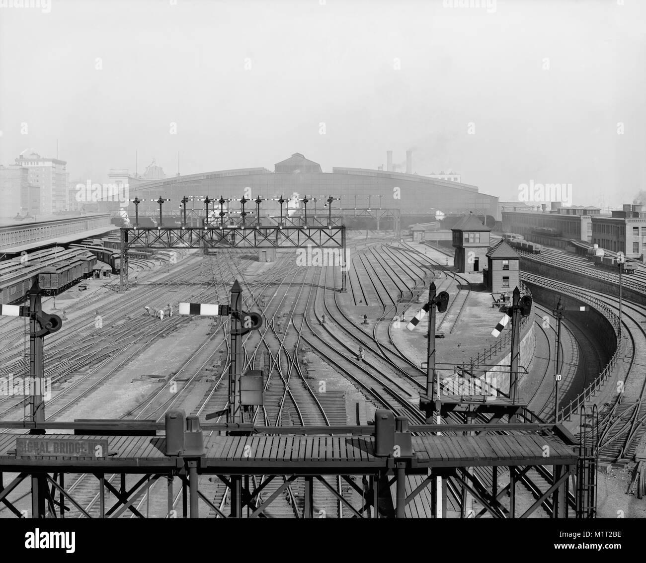 Rail Yards and Tracks, South Terminal Station, Boston, Massachusetts, USA, Detroit Publishing Company, 1904 - Stock Image