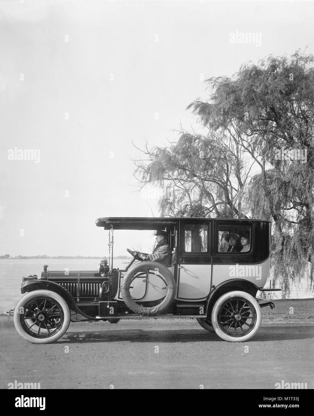 Packard Motor Car Company Stock Photos & Packard Motor Car Company ...