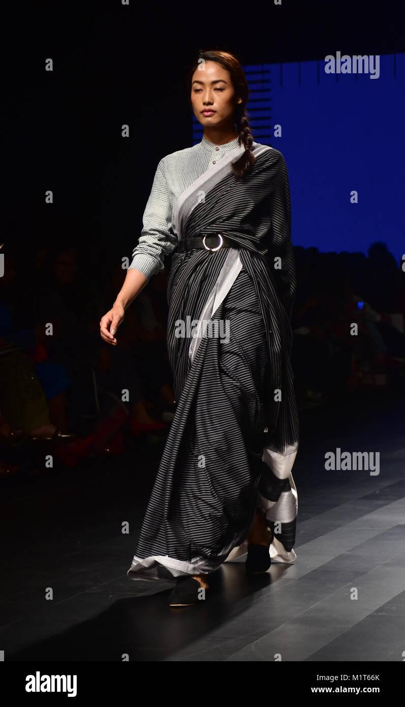 Mumbai India 01st Feb 2018 Models Displaying Collection Of Stock Photo 173250075 Alamy