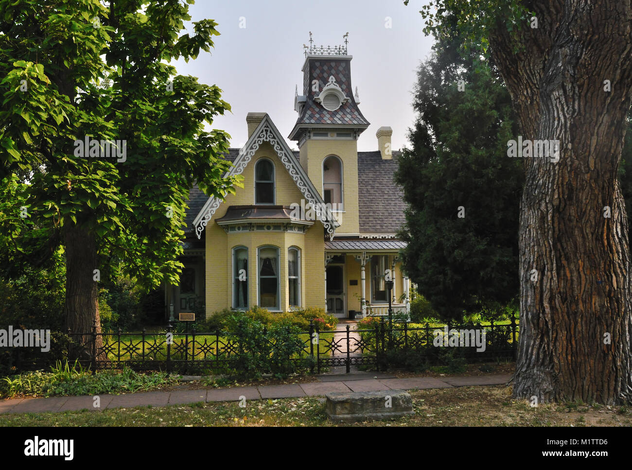Built in 1877, the Arnett-Fullen house,  640  Pearl St., is said to be haunted. It is on the National Register, - Stock Image