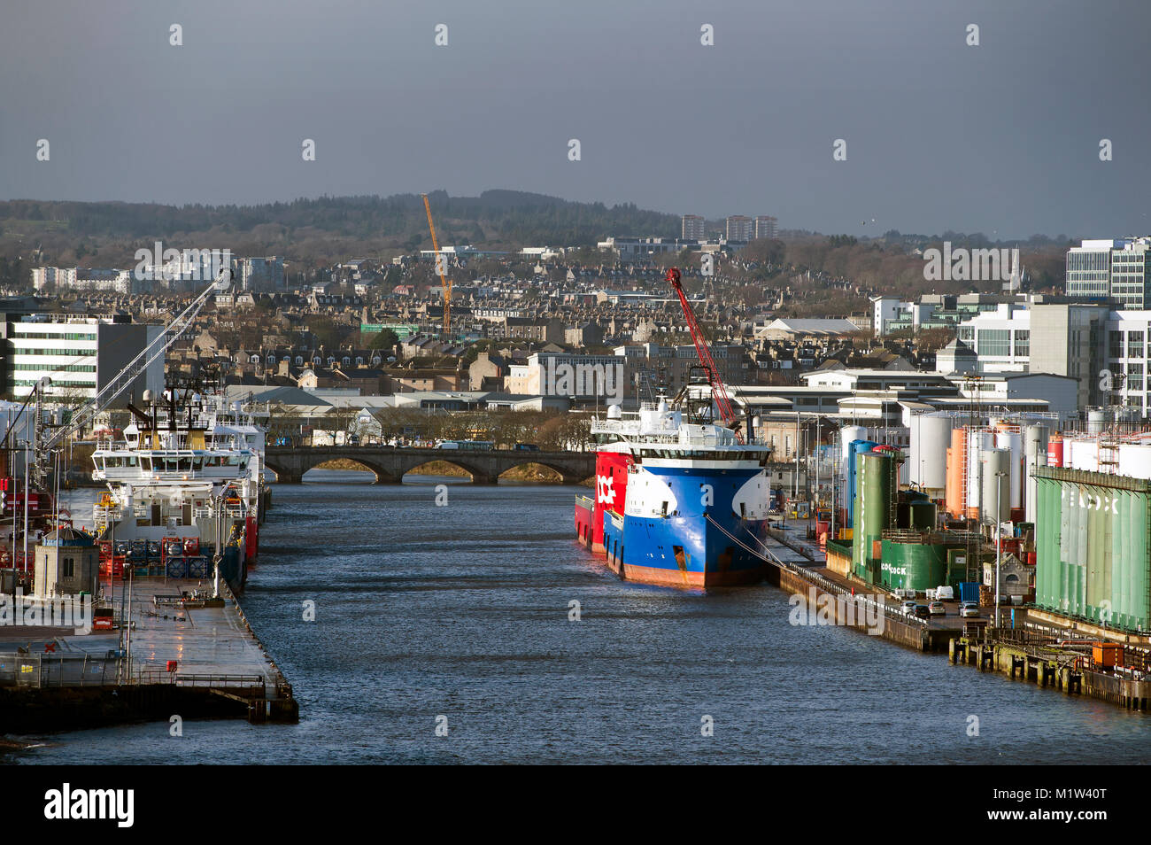 February 1st 2018: A view of Aberdeen harbour and city centre, Aberdeen, Scotland, UK . - Stock Image