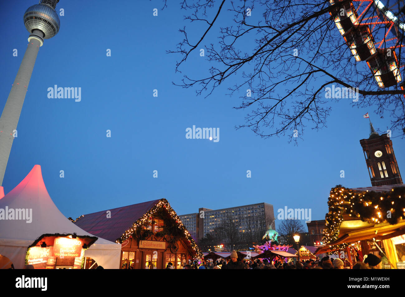 Christmas market 'Berliner Weihnachtszeit' at the Red Town Hall, Berlin - Stock Image