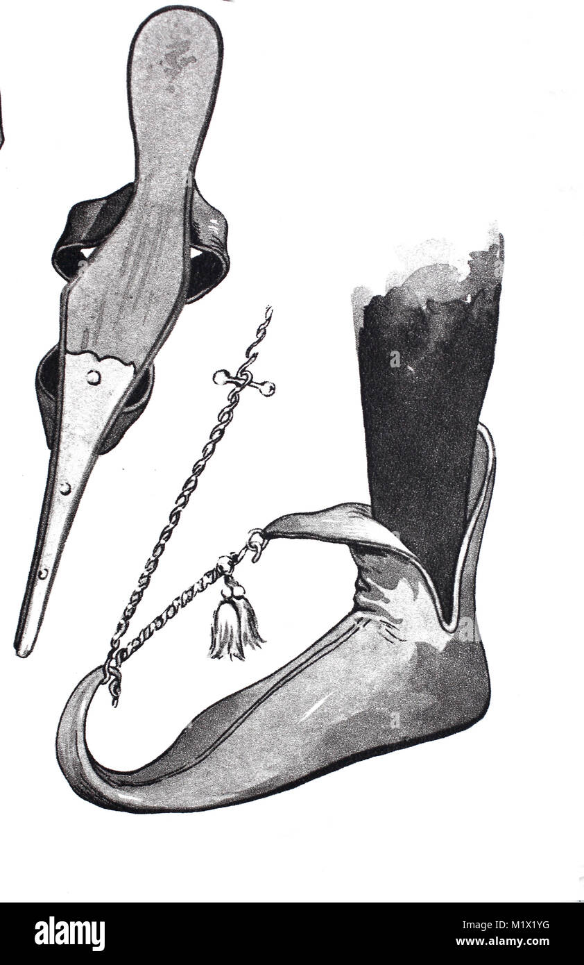 Fashion, clothing, footwear in the late Middle Ages in Europe, left, an extended shoe seen from below, right the - Stock Image